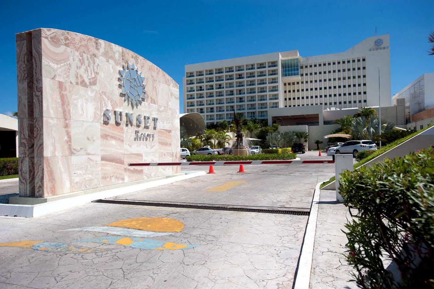 Cancun Sunset Royal Somos Orlando